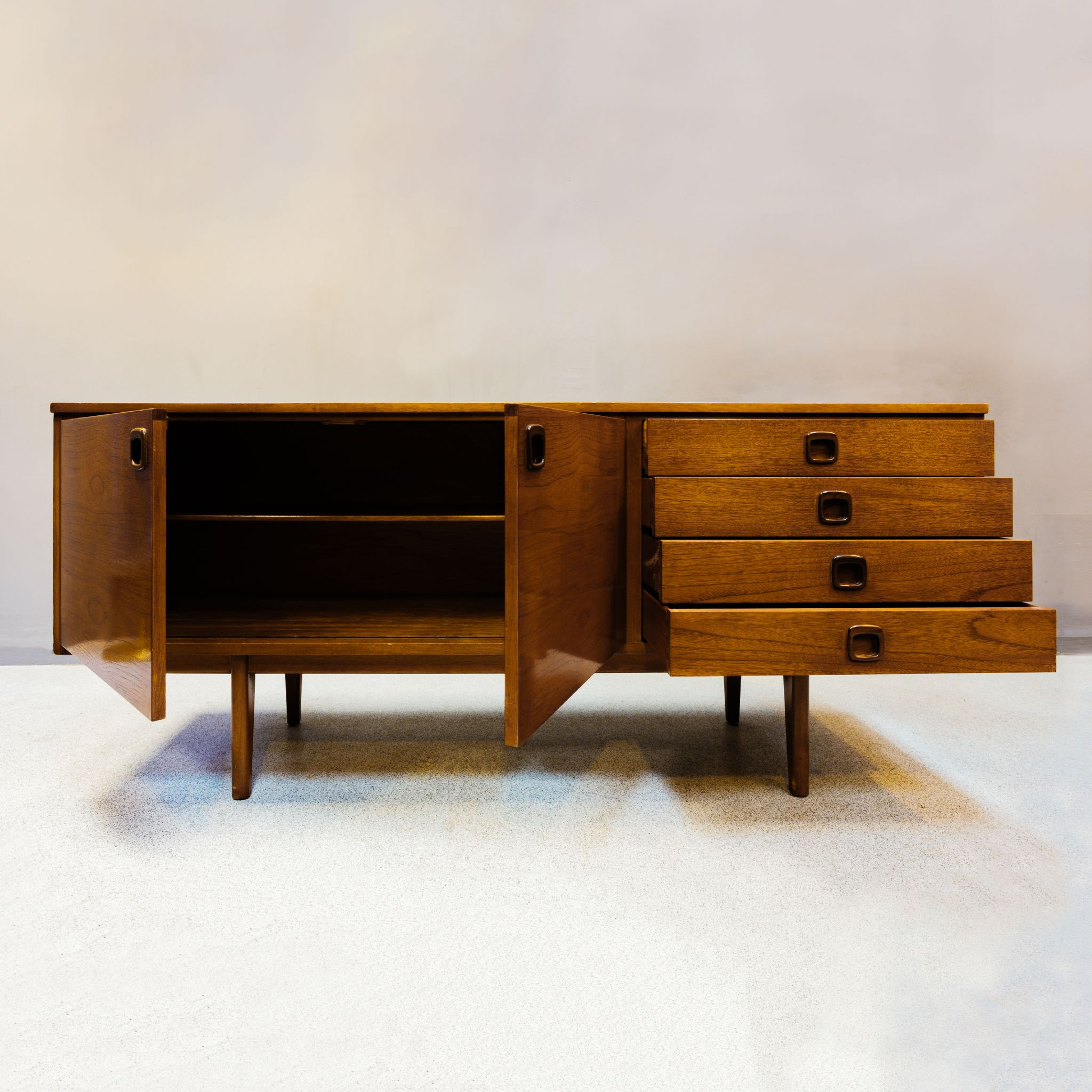 mid century sideboard. Black Bedroom Furniture Sets. Home Design Ideas
