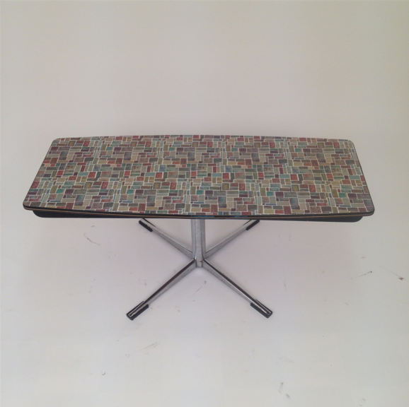 FORMICA 1950'S COFFEE TABLE