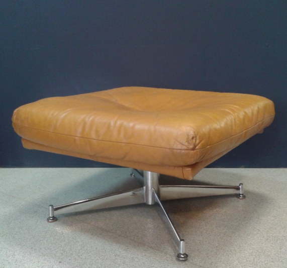 LEATHER AND CHROME FOOTSTOOL
